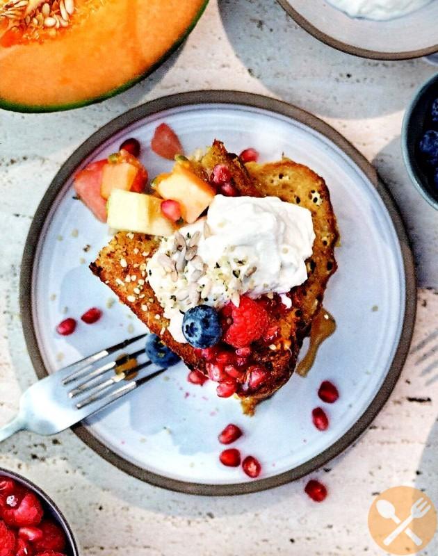 French toast med fruktsallad